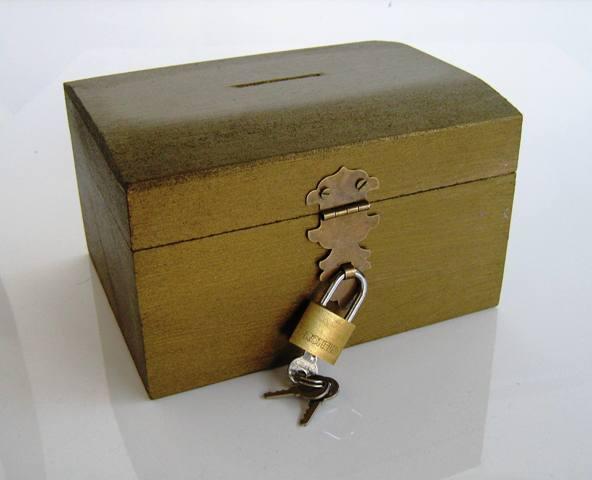 Fecho Colonial 28mm x 58mm p/ Cadeado Ouro Velho