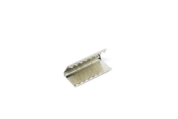 Remate de Alça 30mm c/ Garra Dentada Niquelado