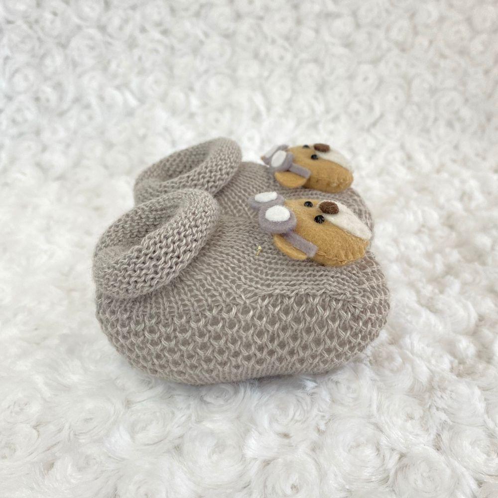 Sapatinho Tricot para Bebê Urso Cinza