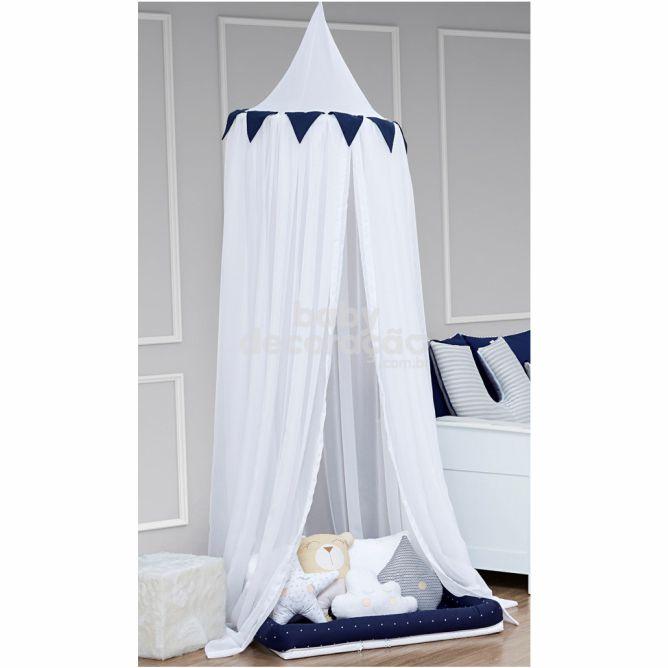 Tenda Dossel Voil Branco com Bandeirolas Azul Marinho