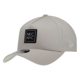 Boné New Era Aba Curva 940 SN Brand AF NEC NYC Rubber Bege