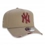 Boné New Era Aba Curva 940 ST MLB NY Yankees AF Destroyed Colors Marrom Claro