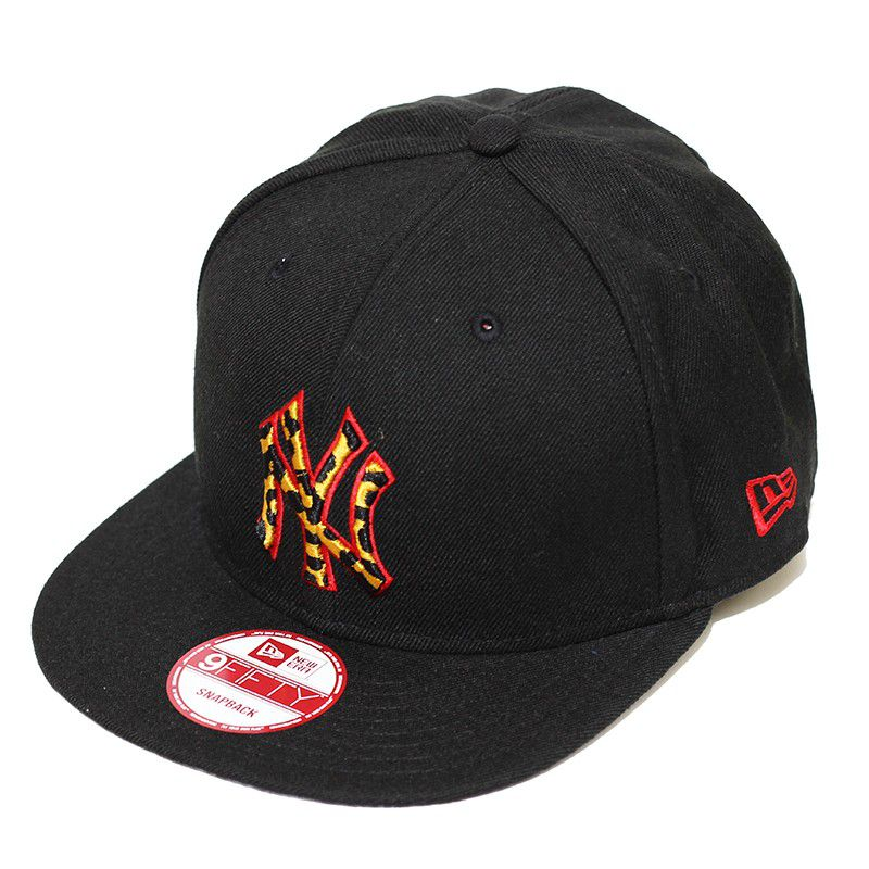Boné New Era Aba Reta 950 SN MLB NY Yankees Leopard Black Preto