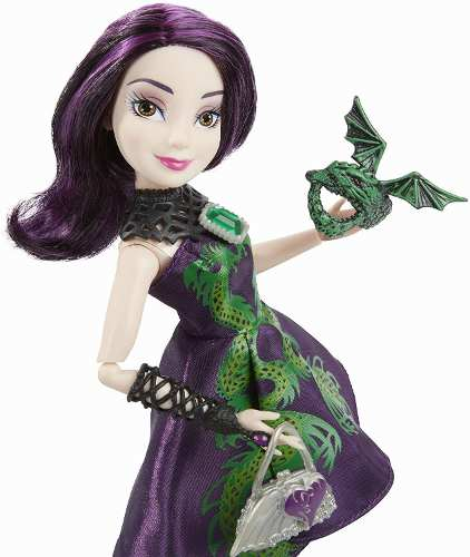 Boneca Disney Descendants Jewel-Bilee Mal Ilha dos Perdidos