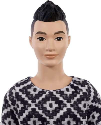 Boneco Ken Barbie Fashionista 115 Oriental Japonês Top Raro