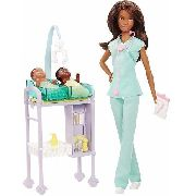 Boneca Barbie Pediatra Negra Médica Com 2 Bebês Skipper Top