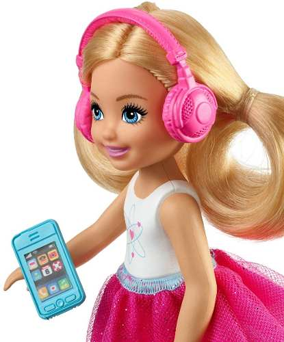 Boneca Barbie Chelsea Dreamhouse Adventures Loira Viajante