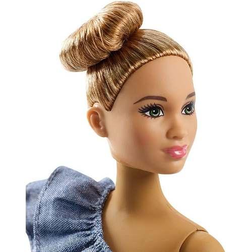Boneca Barbie Fashionista Curvy 102 Gordinha Bolsa Rosa Top