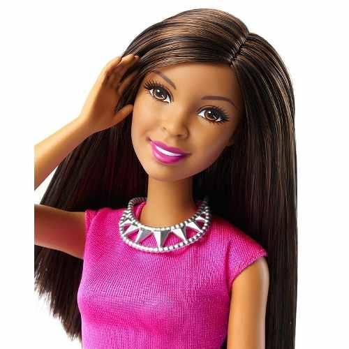 Boneca Barbie Dreamhouse Negra Com Roupas E Sapatos Top