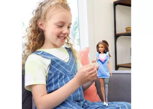 Boneca Barbie Fashionista 121 Brunette Prótese De Perna 2019