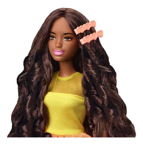 Boneca Barbie Ultimate Curls Negra Cabelo Liso Ou Cacheado