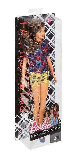 Boneca Barbie Fashionistas 52 Tall Alta Morena Roupa Xadrez