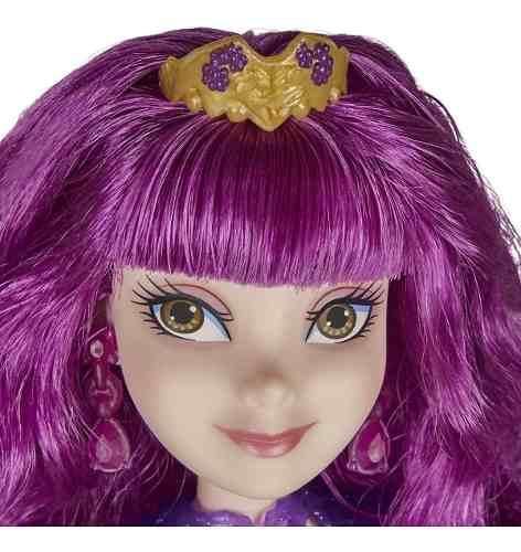 Boneca Disney Descendants Royal Mal Isle Of The Lost Hasbro