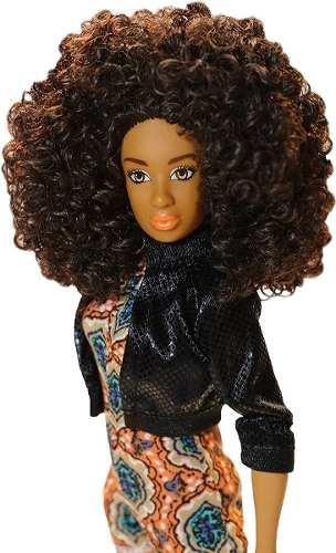 Boneca Tipo Barbie Fresh Dolls Mia Articulada Linda Black