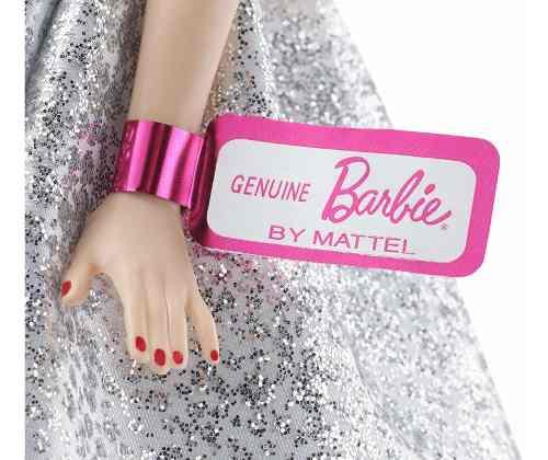 Boneca Barbie 60 Anos Vestido Branco Baile Brilhos Prateados