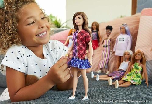 Boneca Barbie Fashionistas 137 Brunette Vestido Xadrez 2020