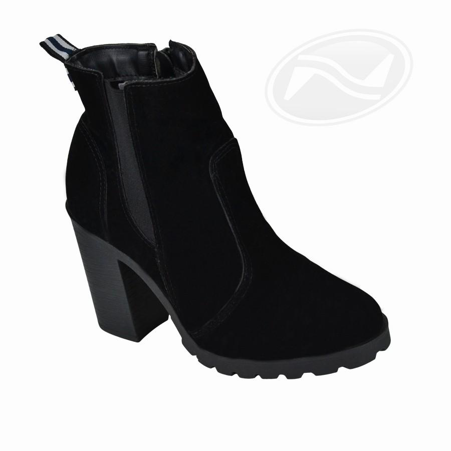 Bota Chunky Boots Renata Mello