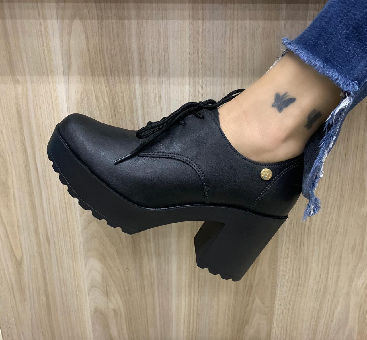 Sapato Oxford Moleca Salto Tratorado 5647.211/213 Feminino