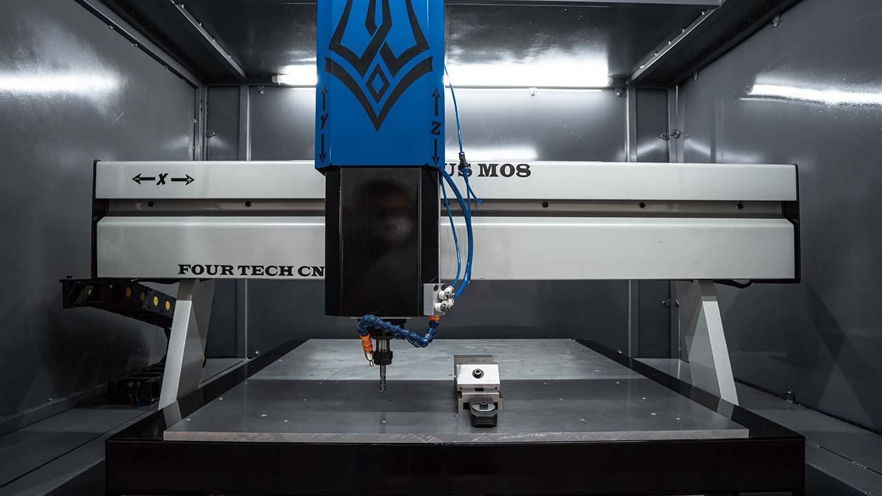 Máquina CNC - Fresadora - Thorus M8 - 4 Tech CNC