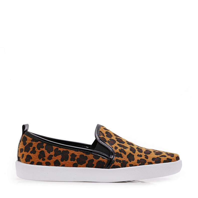 TENIS SLIP ON PELO JAGUAR