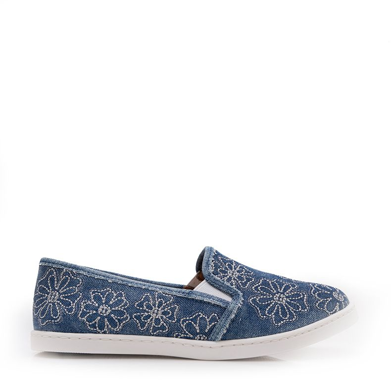 TÊNIS SLIP ON BORDADO FLOR