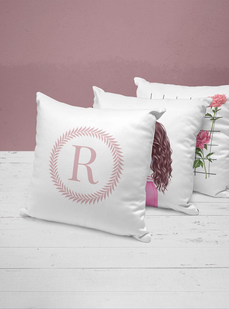 Capa Almofada Inicial Rosa