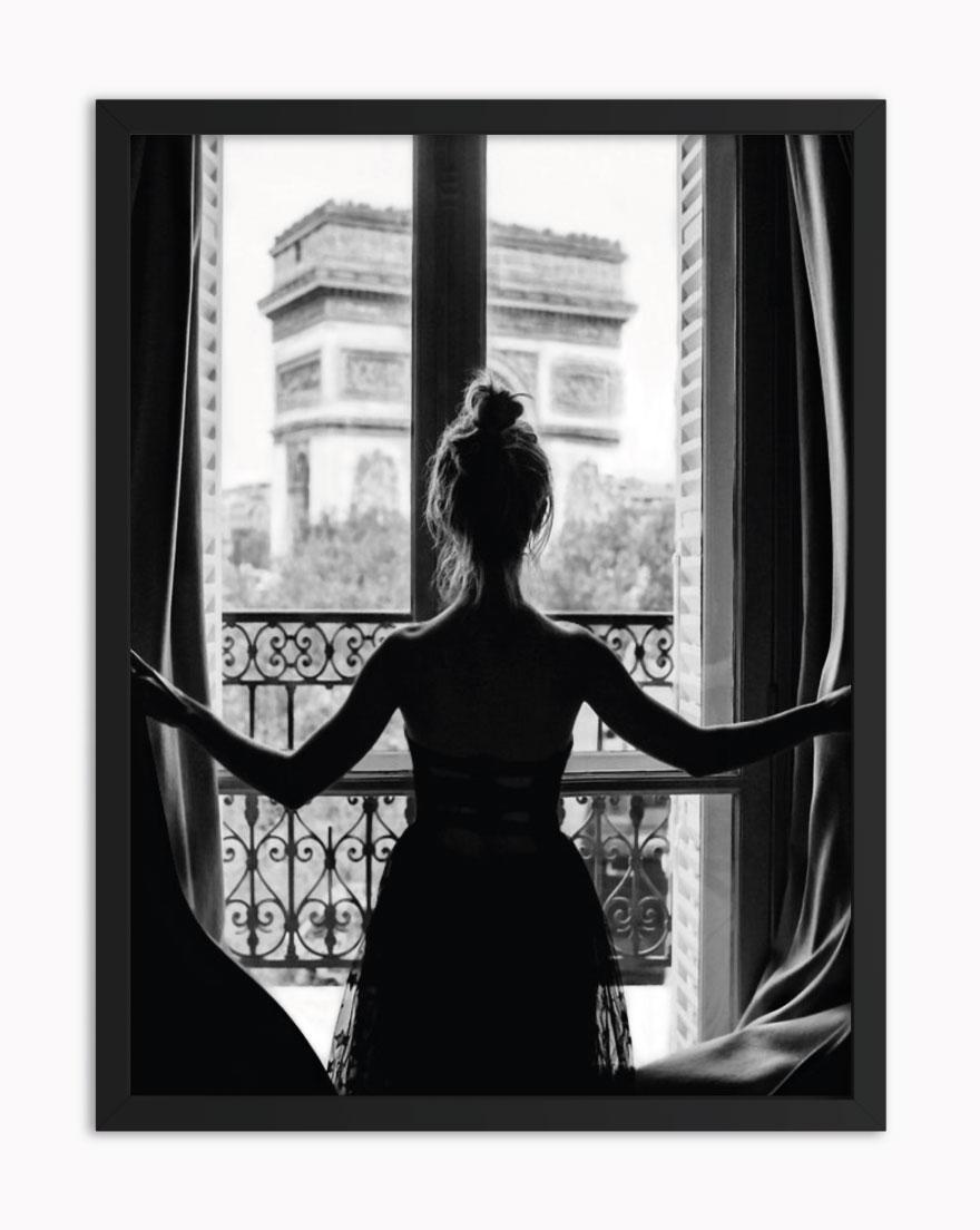 Quadro Woman Balcony