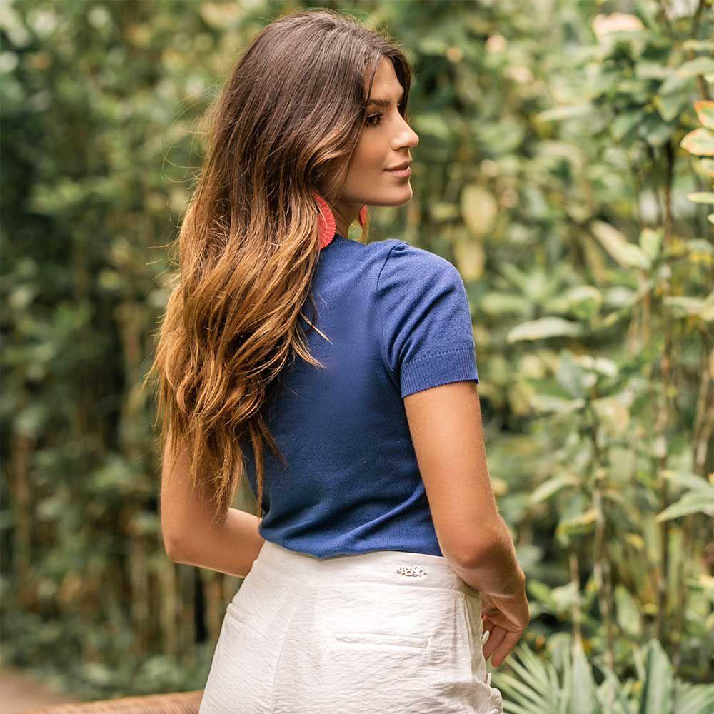 Blusa de Linha Decote Redondo Azul