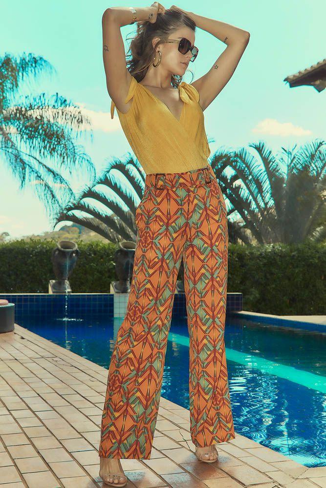 Calça Pantalona com Fivela Laranja