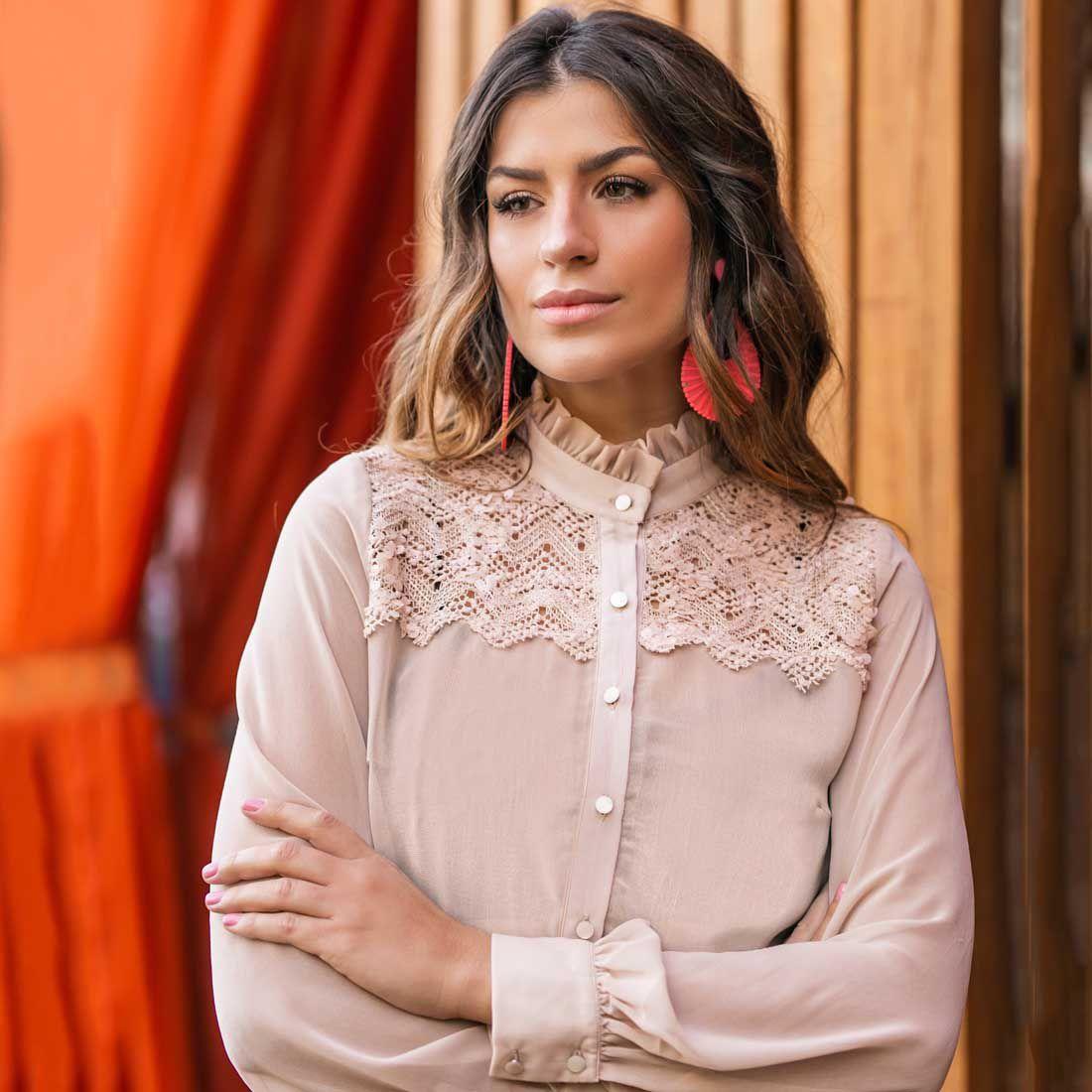 Camisa Gola Alta Rosa