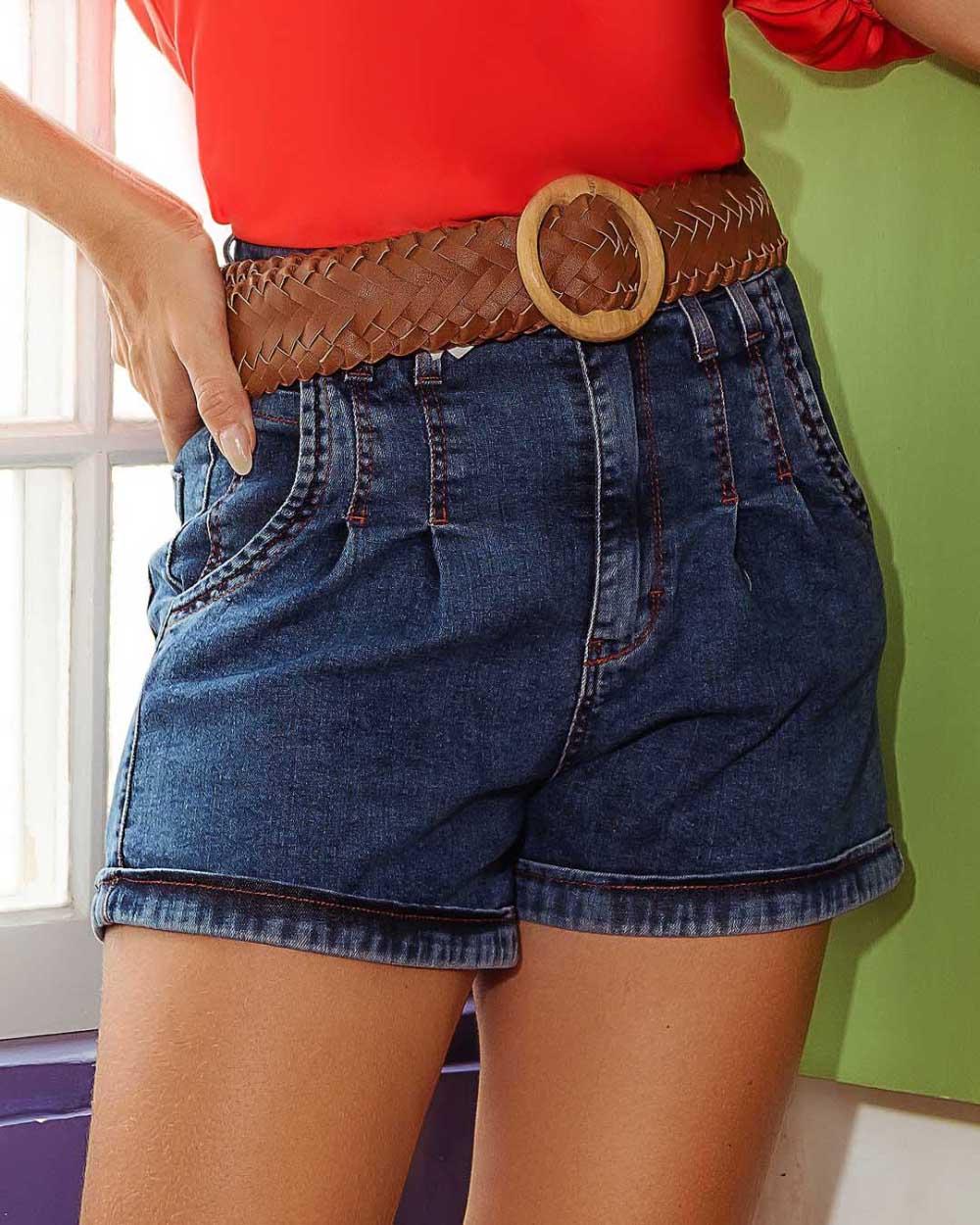 Short Jeans com Pregas