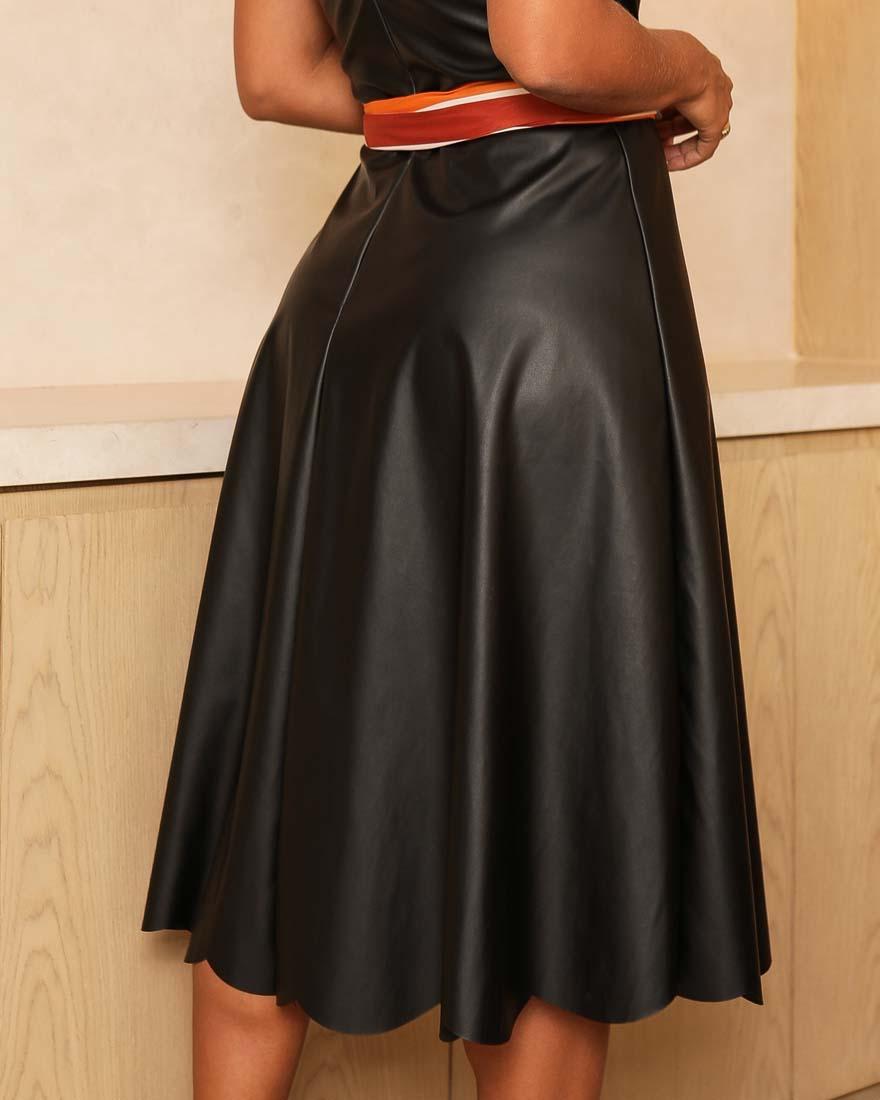 Vestido Midi Couro