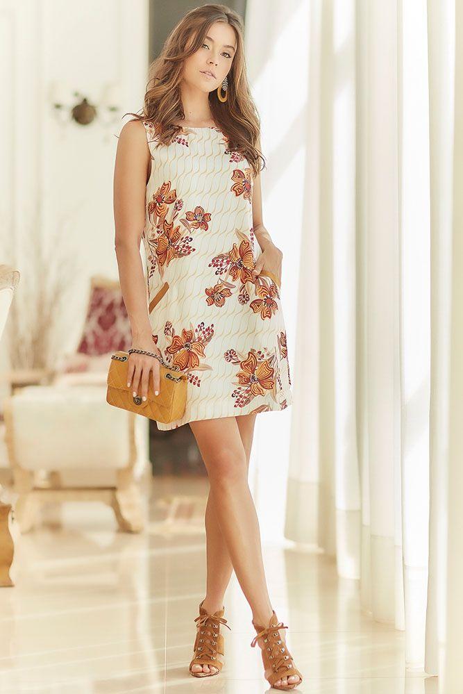 Vestido Reto Floral