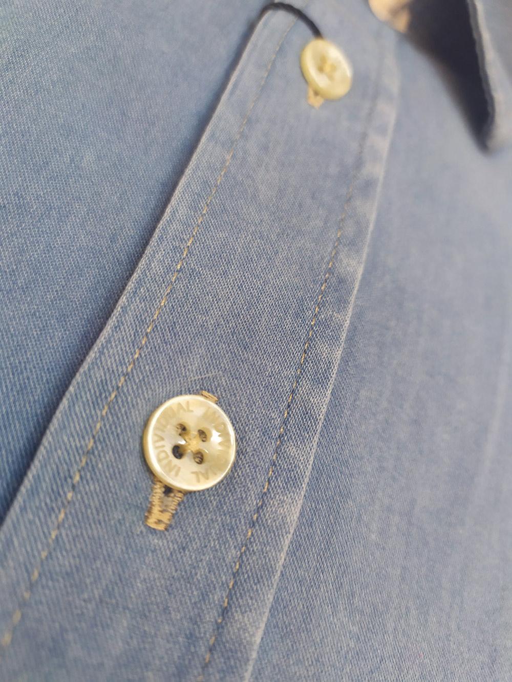 Camisa Masculina Jeans Meia Manga com Bolso Clássico Comfort Individual