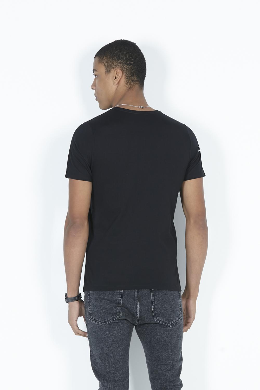 T-Shirt Camiseta Básica Estampa Na Manga Dimy