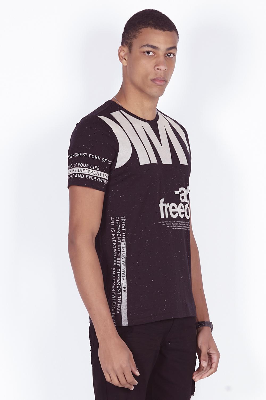 T-Shirt Camiseta Art is Freedom Estampa Frente e Manga Dimy