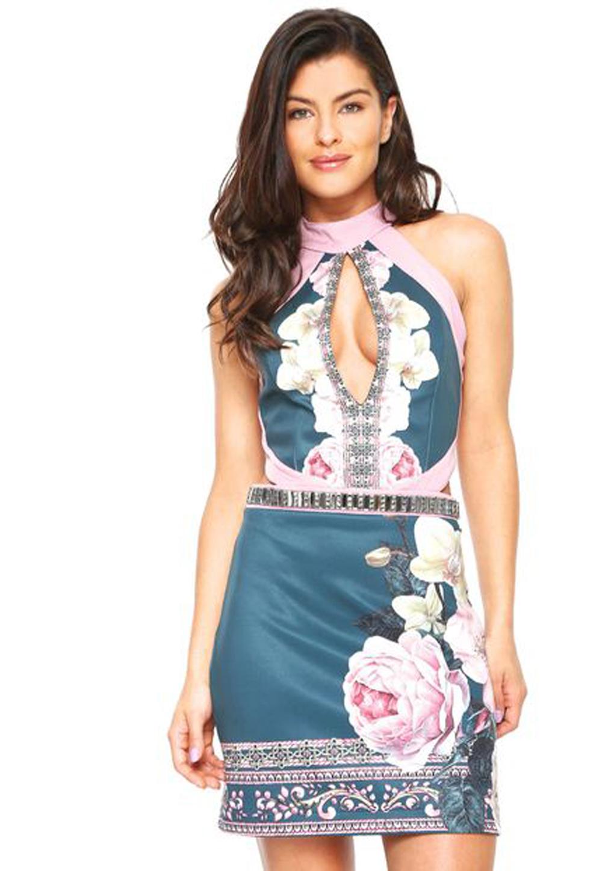 Vestido Curto Estampado Decotado Detalhes Pedraria Lança Perfume