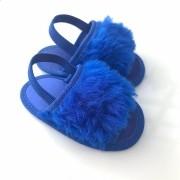 Chinelo Slide Azul Bic em Pelúcia