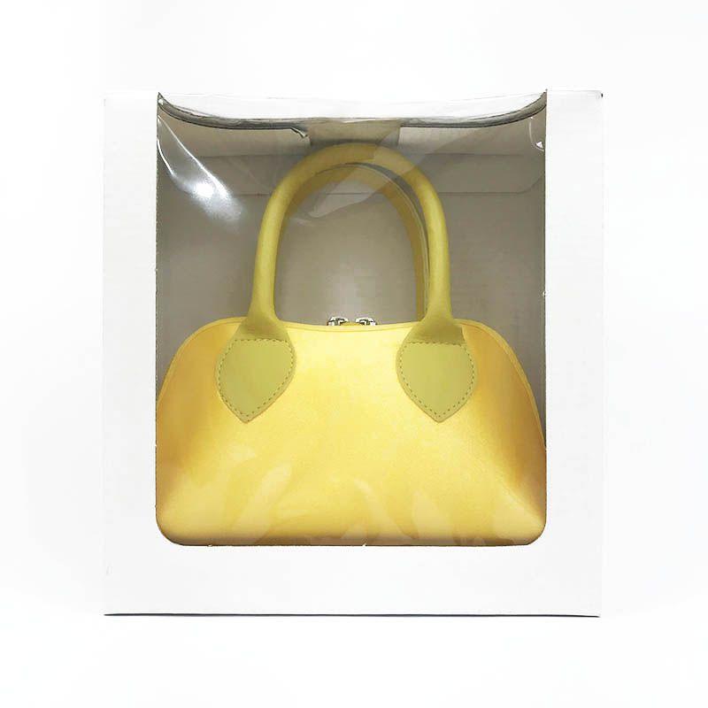 Bolsa Amarela em Cetim