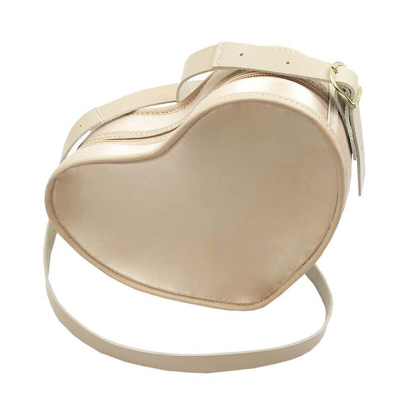 Bolsa em Formato Coração Nude