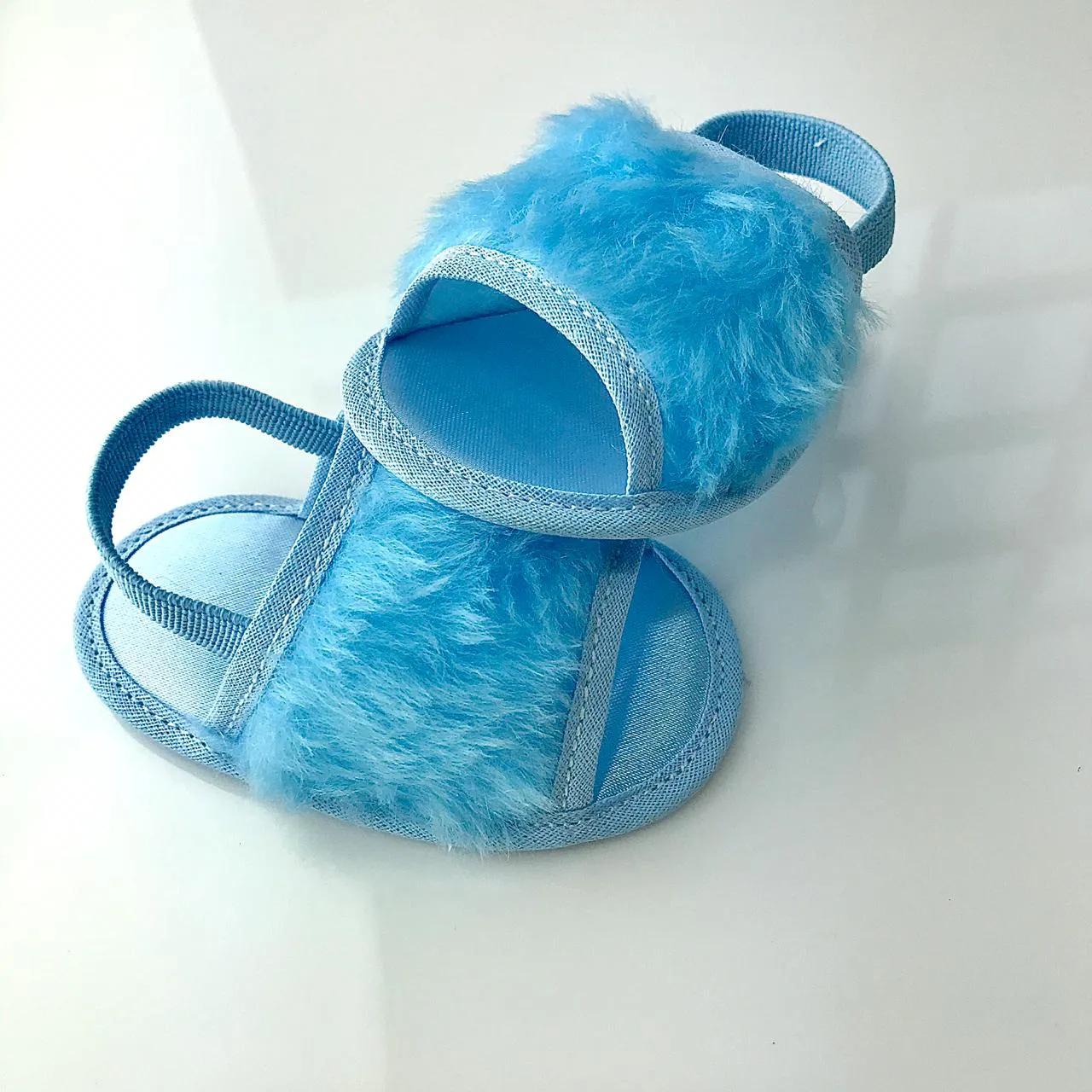 Chinelo Slide Azul Bebê em Pelúcia