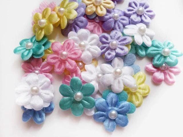 Mini Flor Tecido Cetim Com Pérola Cores Sortidas (10 unidades)