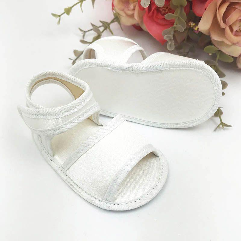 Sandália Branca em Cetim
