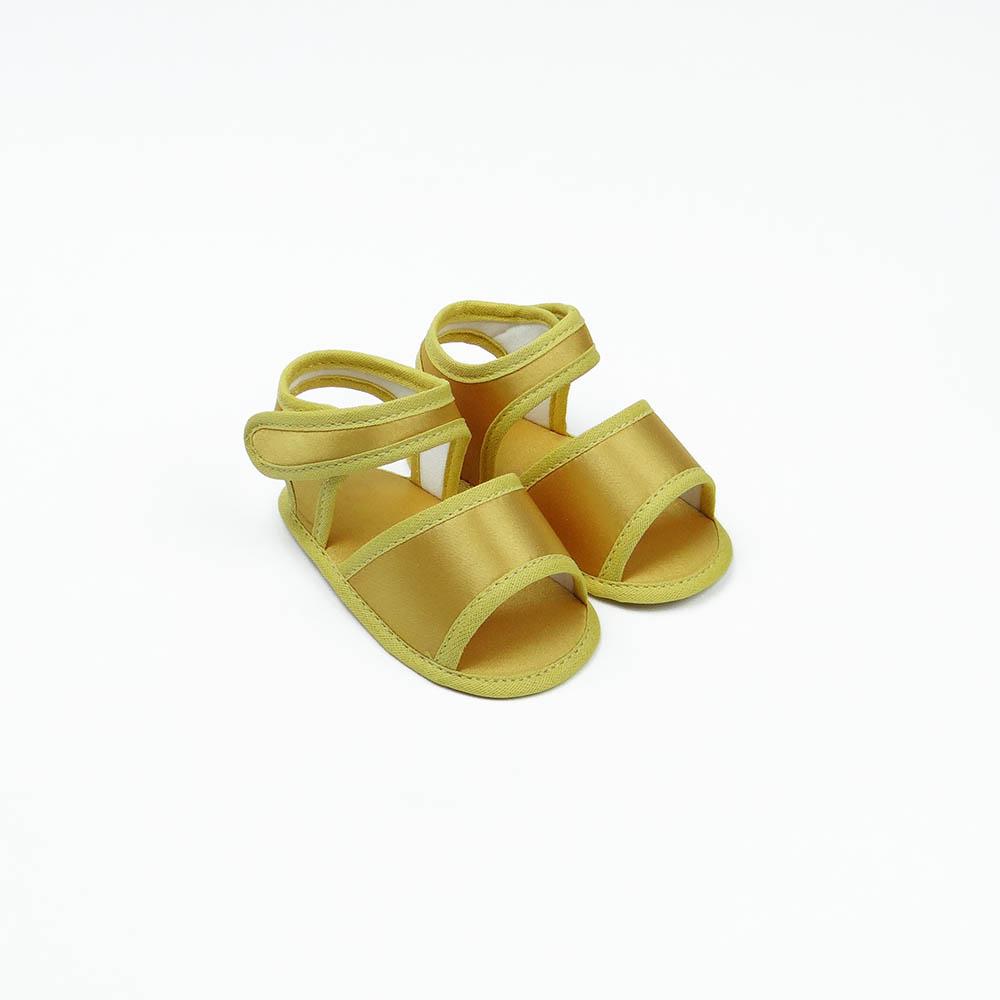 Sandália Dourada em Cetim
