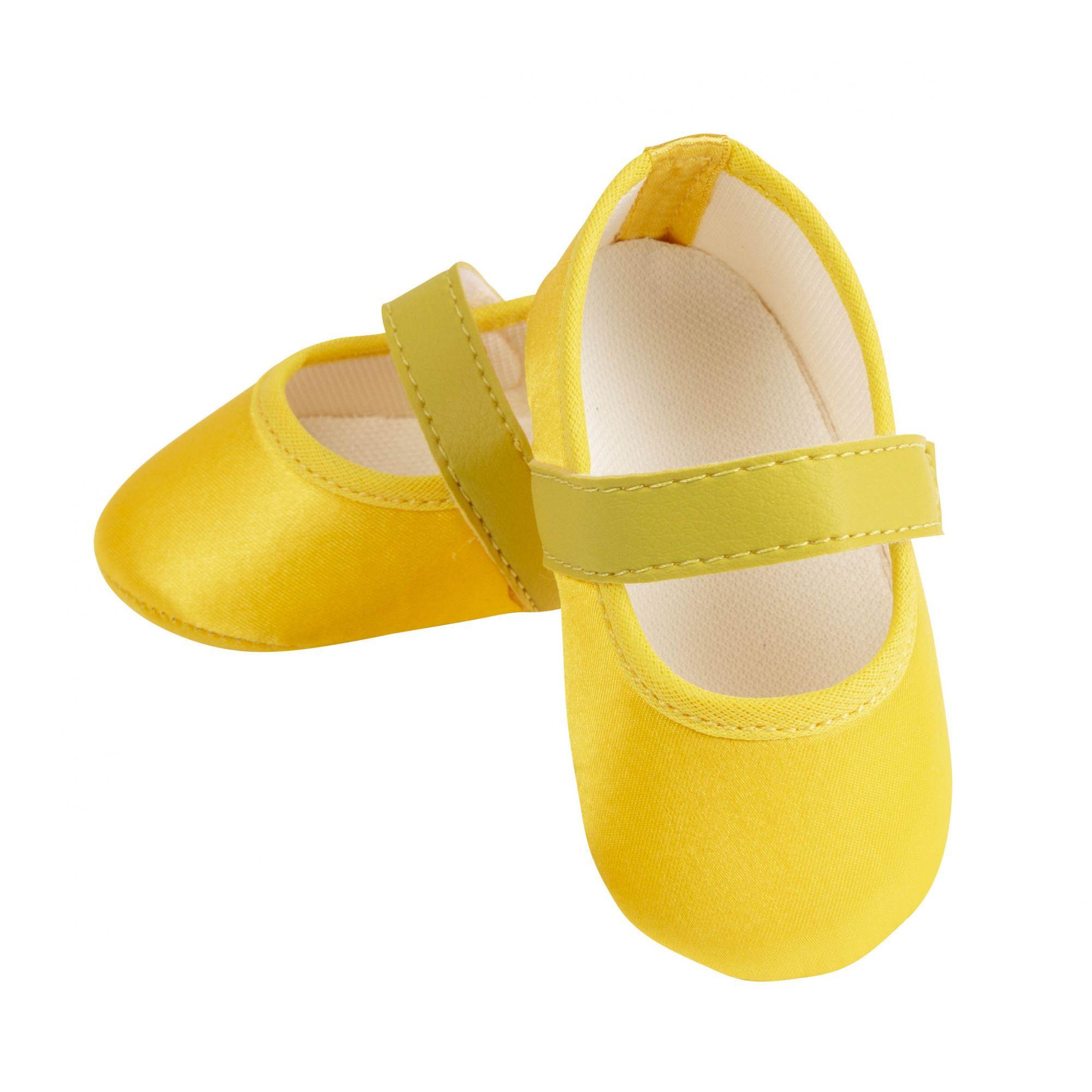 Sapatilha Amarelo Ouro de Cetim com Fecho em  Velcro