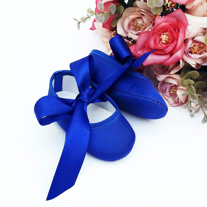 Sapatilha Azul Bic de Cetim com Fecho em  Fita