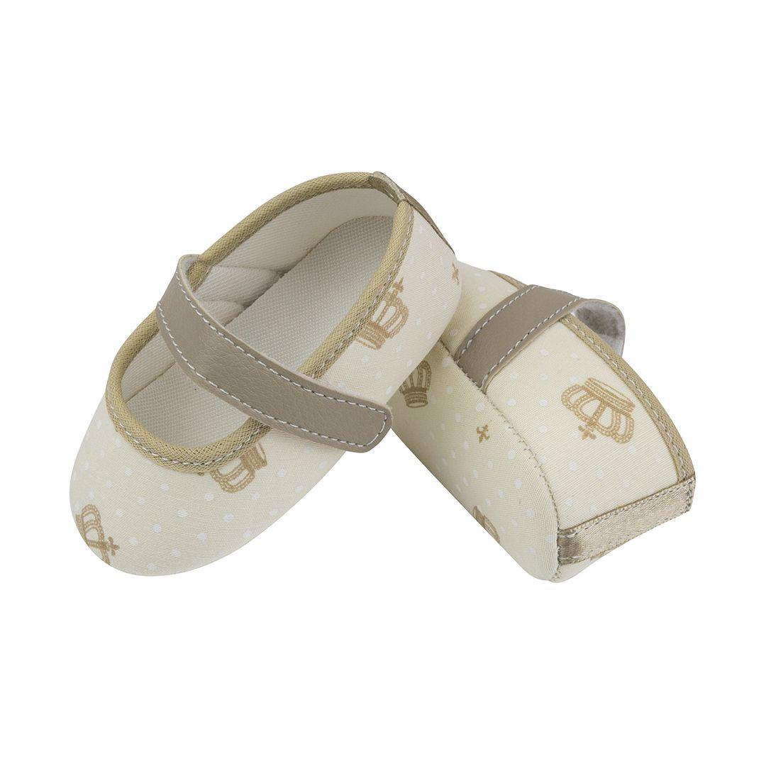 Sapatilha Coleção Ester Off White com Coroa Caramelo e Fecho em  Velcro