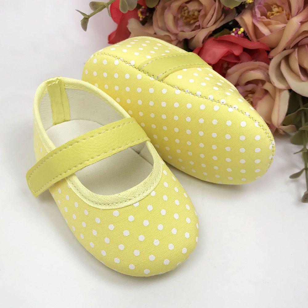 Sapatilha Coleção Ester Poá Amarelo com Fecho em  Velcro