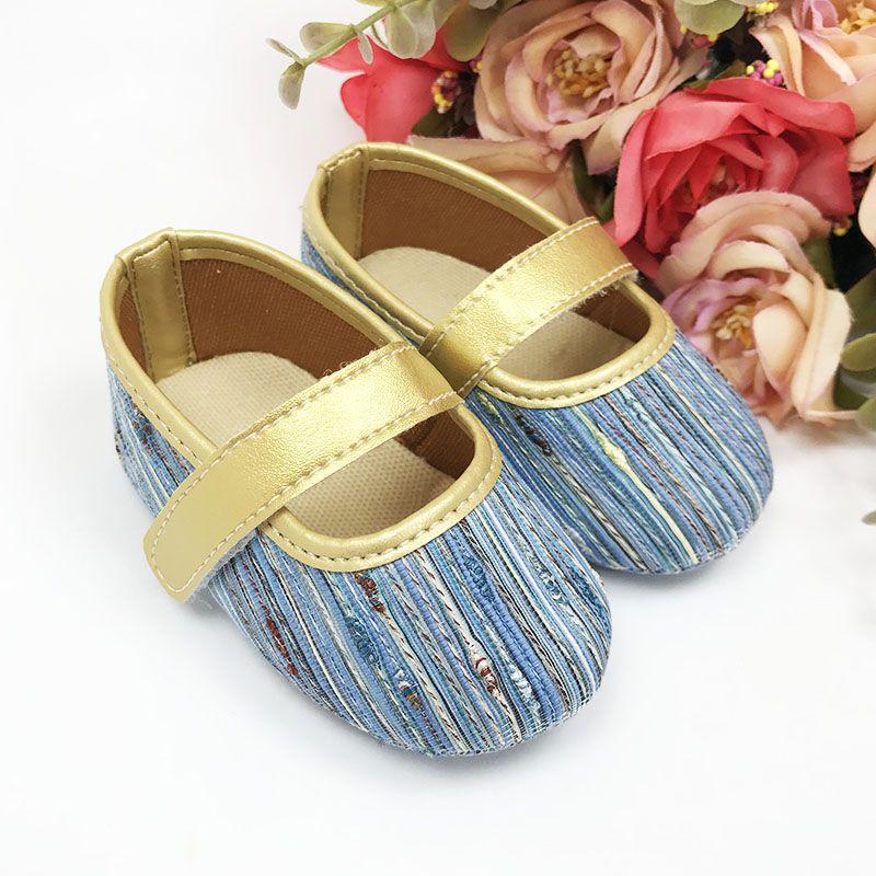 Sapatilha Princesas Estilosas Azul com Fecho em  Velcro