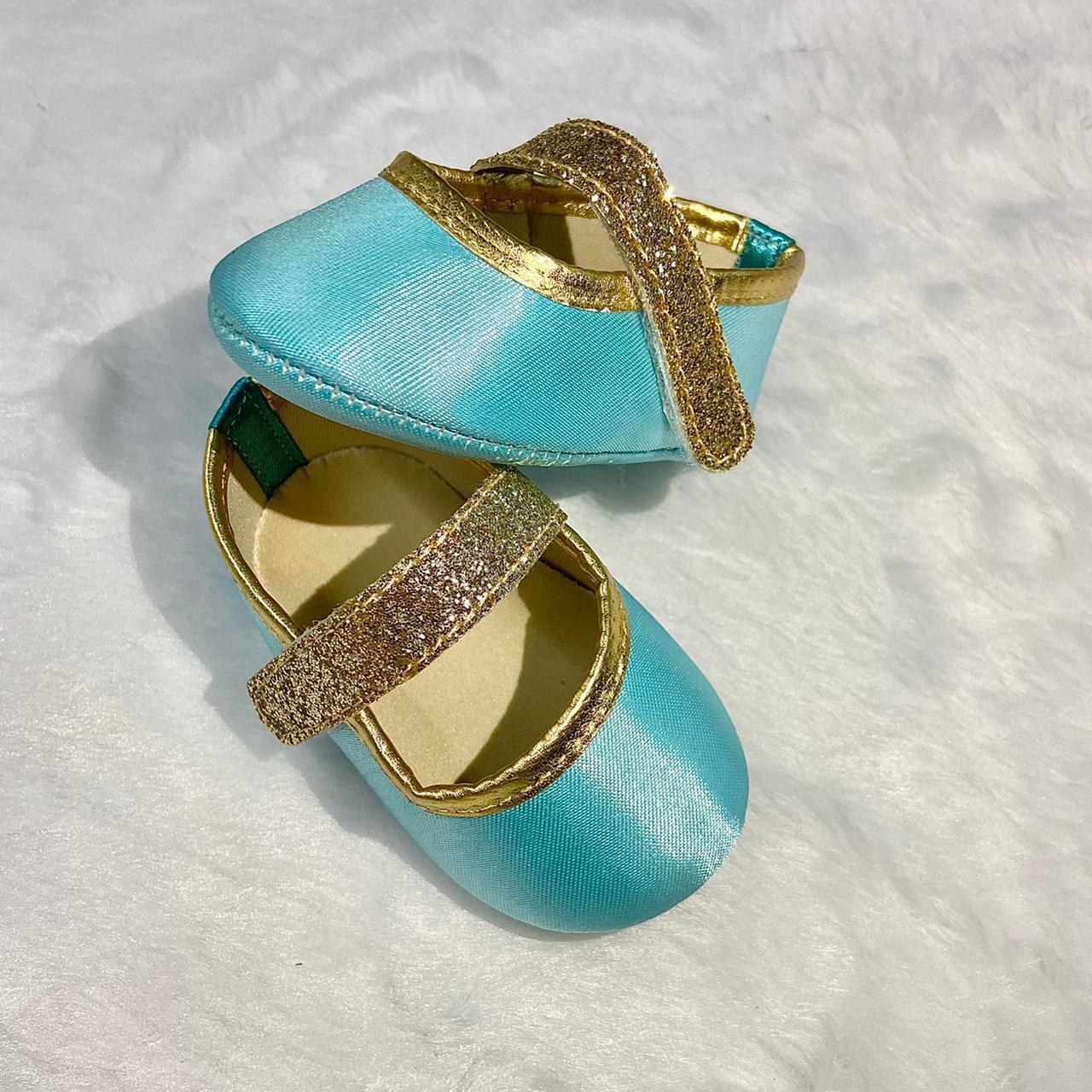 Sapatilha Tiffany com Fecho em  Velcro
